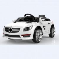 Электромобиль детский Mercedes-Benz S698WE цвет: белый  6V4,5AH*2, 2 мотора, р-у 2,4GHz, свет/звук, mp3, USB, открывается двери, размер 88*58*39,